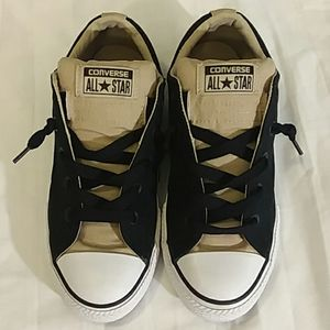 Converse No-tie kakhi/black Boys Youth Sz. 4